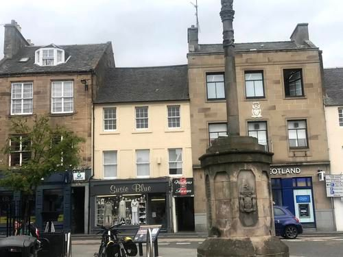 4 bed flat to rent in The Cross, Cupar KY15