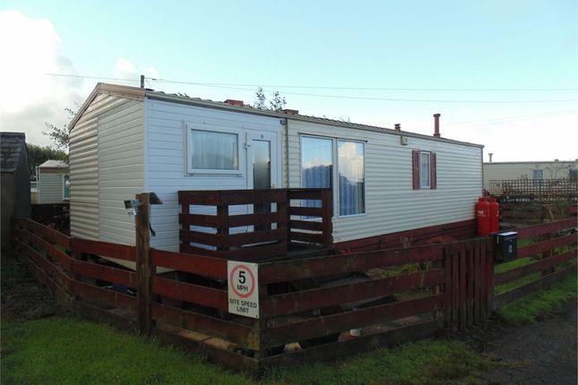 2 bed mobile/park home for sale in 9 Old School Yard, Trefgarn-Owen, Haverfordwest, Pembrokeshire
