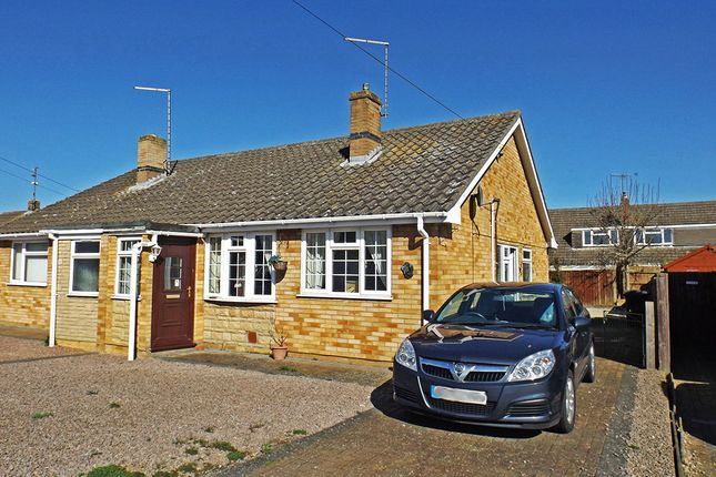 Thumbnail Bungalow for sale in Willoughby Avenue, Market Deeping, Peterborough