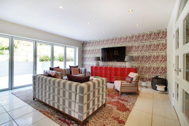 Reception Room of Sparepenny Lane, Eynsford, Kent DA4