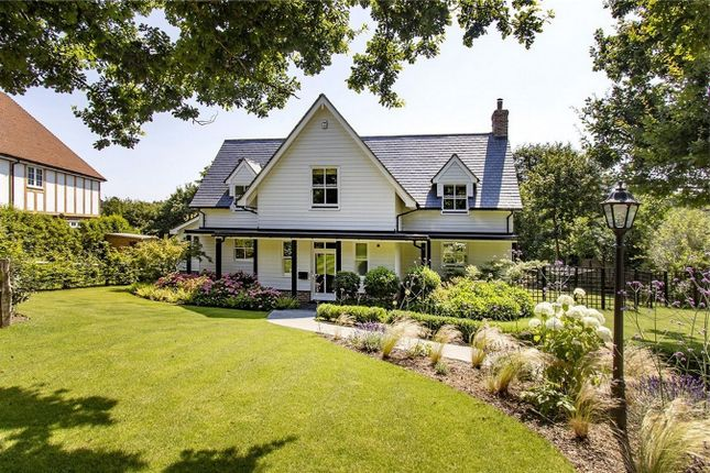 4 bed detached house for sale in Back Lane, Cross In Hand, East Sussex TN21
