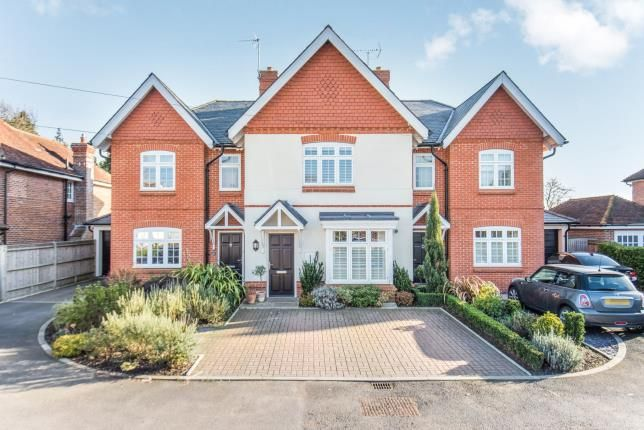 Thumbnail Terraced house for sale in High Street, Ripley, Surrey