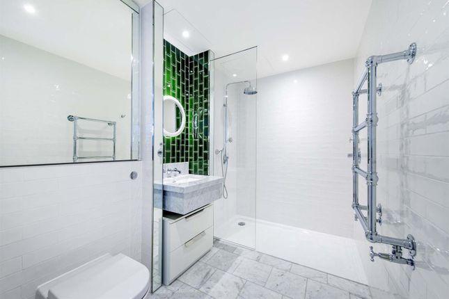 Bathroom Lo 1 of Capital Building, Embassy Gardens, 8 New Union Square, Nine Elms, London SW11
