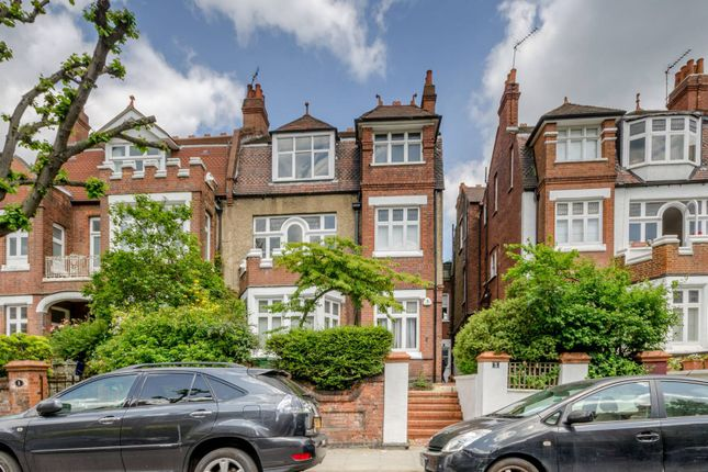 Flat to rent in Fawley Road, West Hampstead