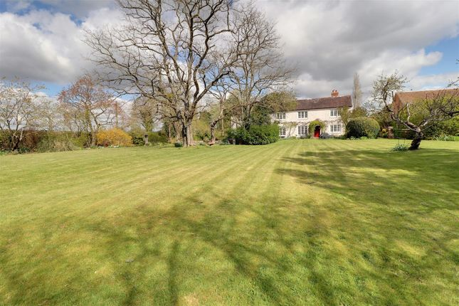 Thumbnail Country house for sale in Blackwells End, Hartpury, Gloucester