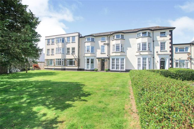 2 bed flat for sale in Northam Road, Bideford EX39