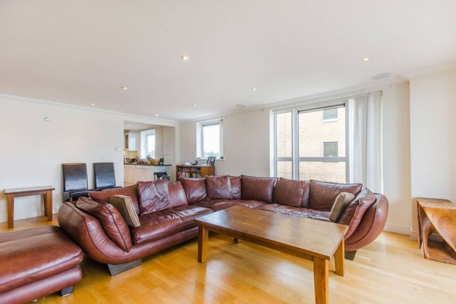 Thumbnail Flat to rent in Glaisher Street, Greenwich