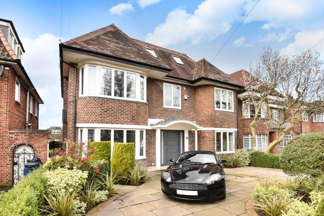 Thumbnail Detached house for sale in Parklands Drive, Finchley