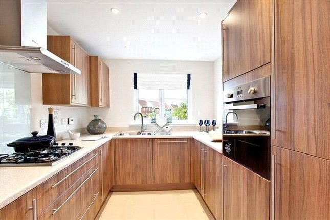 Thumbnail End terrace house for sale in Hatchwood Mill, Sindlesham, Berkshire