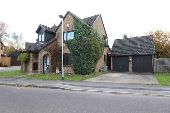 4 bed detached house for sale in Greenfield Way, Crowthorne, Berkshire