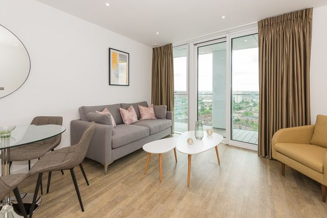 1 bed flat for sale in Wandsworth Road, Nine Elms, London SW8