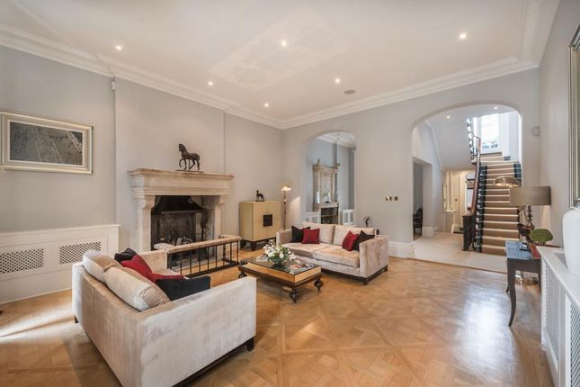 Thumbnail Town house to rent in Chester Square, Belgravia, London