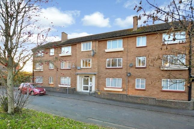Thumbnail Flat to rent in Queensway, Newton Abbot