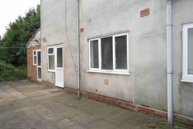Thumbnail Studio to rent in Lyndhurst Road, Wolverhampton, West Midlands