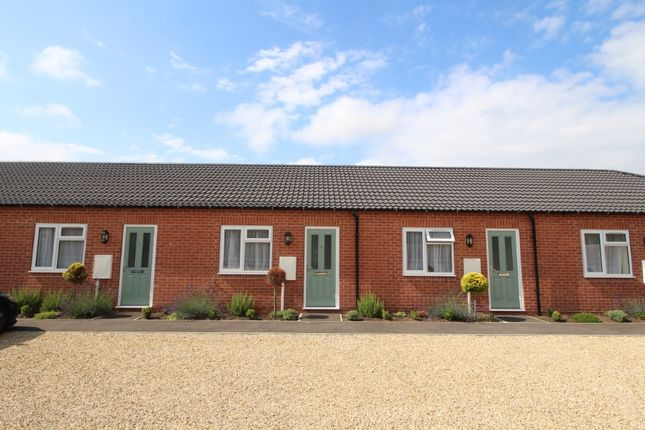 Thumbnail Bungalow to rent in Willow Mews, Huntingtower Road, Grantham