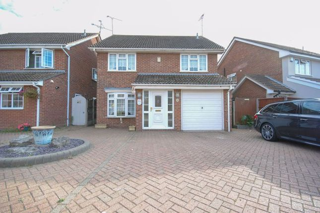 4 bed detached house to rent in Woodside Avenue, Benfleet SS7