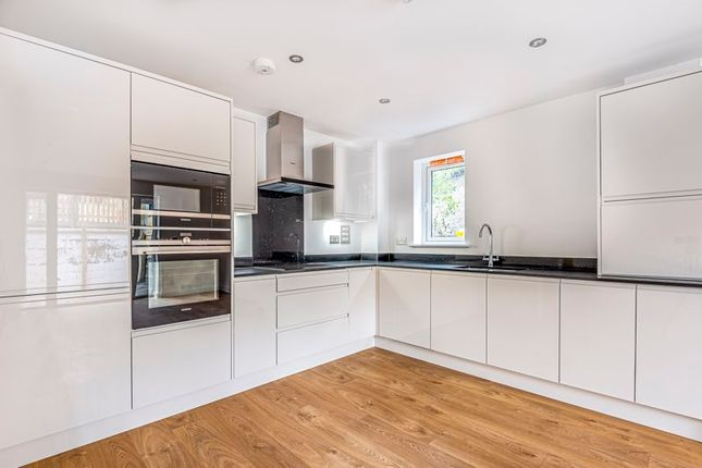 Thumbnail 2 bed property for sale in Foxley Lane, Purley