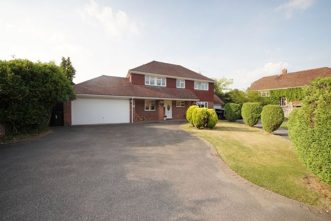 Thumbnail Detached house for sale in Hunts Close, Hook