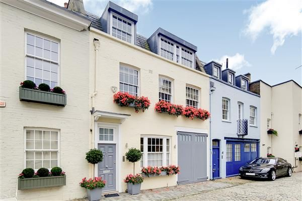 Thumbnail Detached house to rent in Wilton Row, London