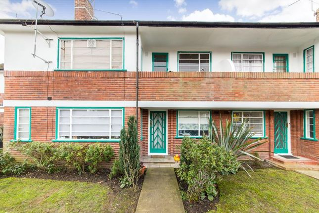 Thumbnail Maisonette to rent in Denison Close, East Finchley