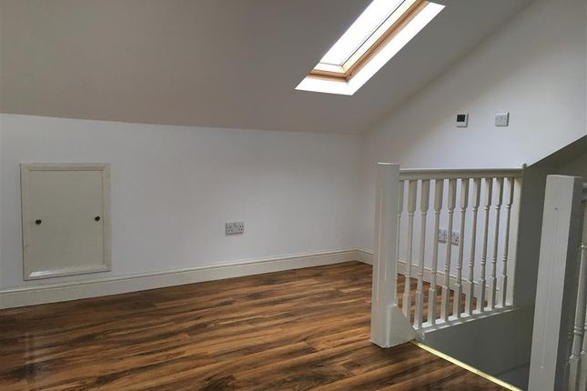 Thumbnail Flat to rent in Portland Street, Mansfield