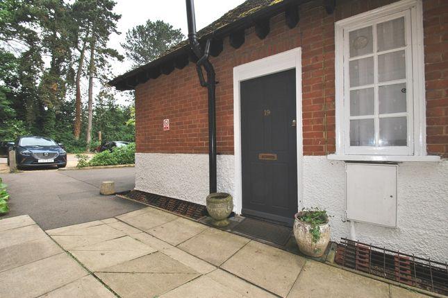 Thumbnail Maisonette to rent in Sollershott Hall, Letchworth Garden City