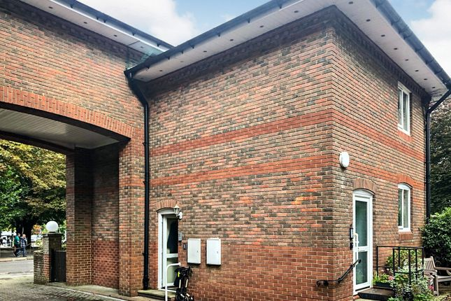 Thumbnail Flat for sale in South Walks Road, Dorchester
