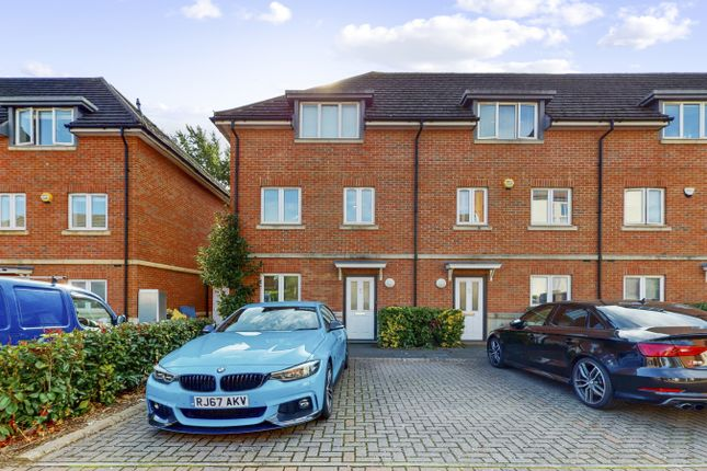 Thumbnail Semi-detached house to rent in Academy Place, Isleworth