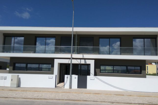 3 bed town house for sale in Lisbon, Portugal