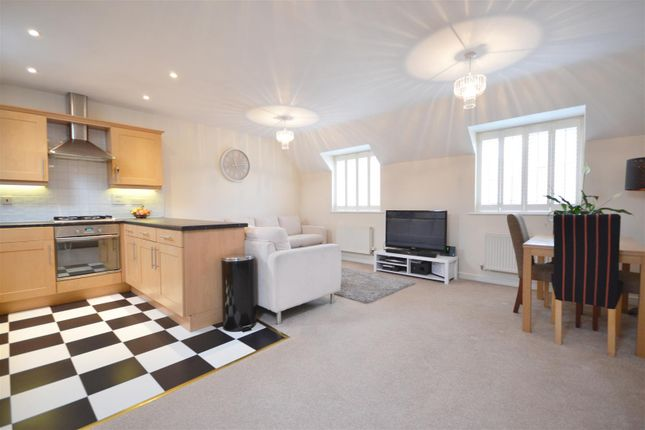 Thumbnail Flat for sale in Packhorse Road, Stratford-Upon-Avon