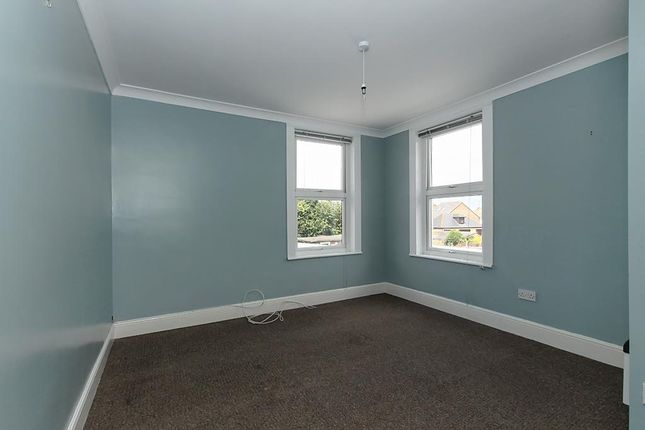 Can-Bed-Four of Canterbury Road, Sittingbourne ME10