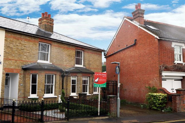 3 bed terraced house for sale in Monument Green, Weybridge