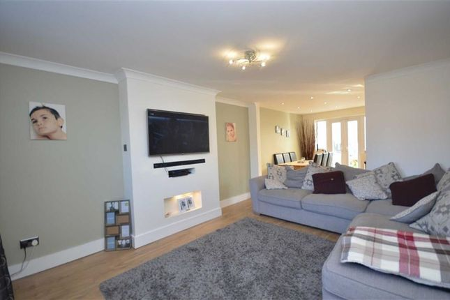 Thumbnail Property for sale in Alderley Edge, Waltham, Grimsby