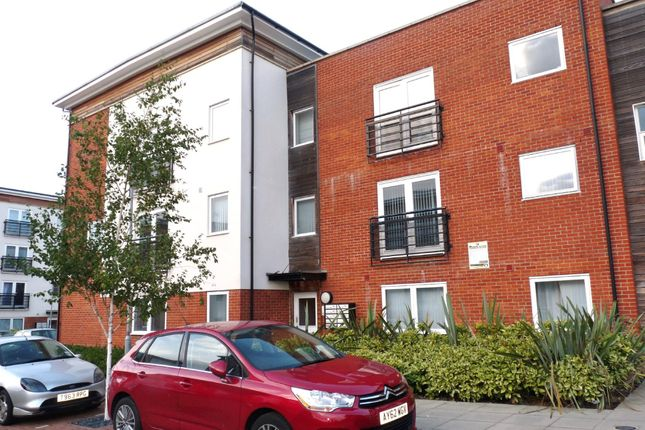 2 bed flat to rent in Siloam Place, Ipswich IP3
