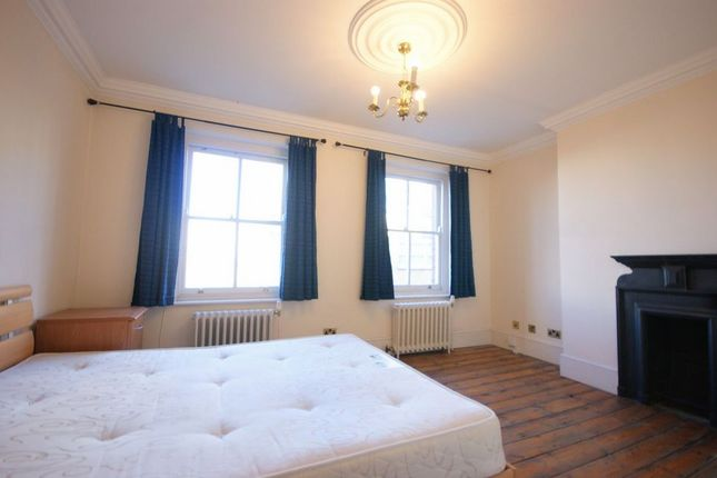 Thumbnail Terraced house to rent in Newark Street, London