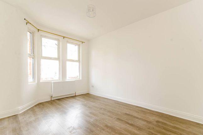 Thumbnail Property to rent in Crofton Road, Plaistow