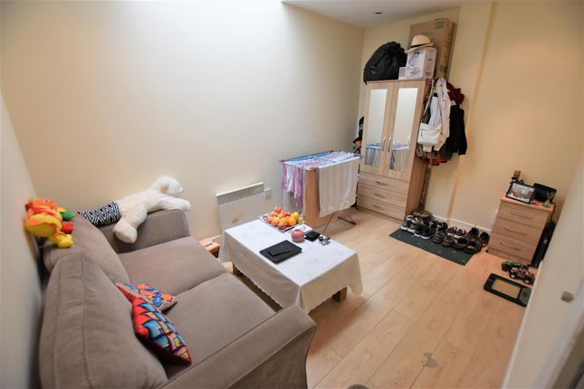 Lounge of River Soar Living, Western Road, Leicester LE3
