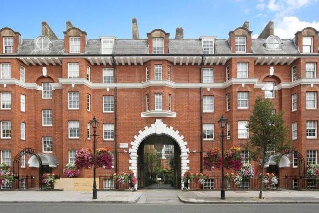 2 bed flat to rent in Regency Street, Westminster, London