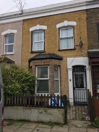 Thumbnail Terraced house to rent in Glyn Road, Hackney