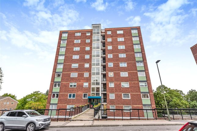 2 bed flat for sale in Porchester Mead, Beckenham BR3