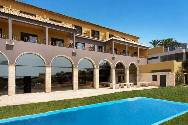 Thumbnail Hotel/guest house for sale in Lagos, Portugal