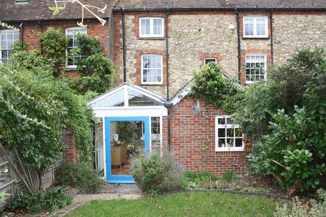 Thumbnail Terraced house to rent in Park Street, Thame