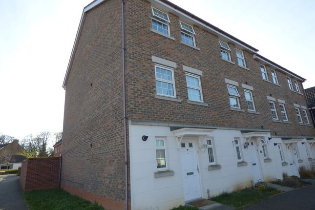 Thumbnail Town house for sale in Manning Road, Bury St. Edmunds