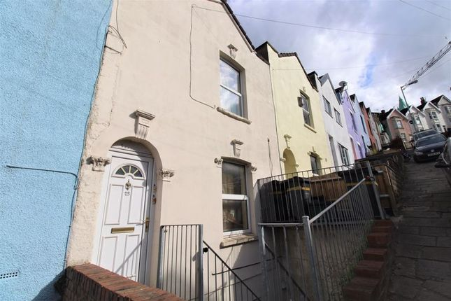 2 bed flat to rent in Summer Hill, Totterdown, Bristol BS4