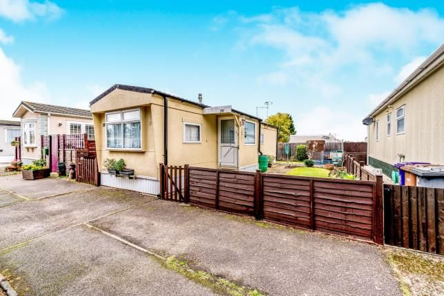 2 Bed Mobile Park Home For Sale In Jacks Hill