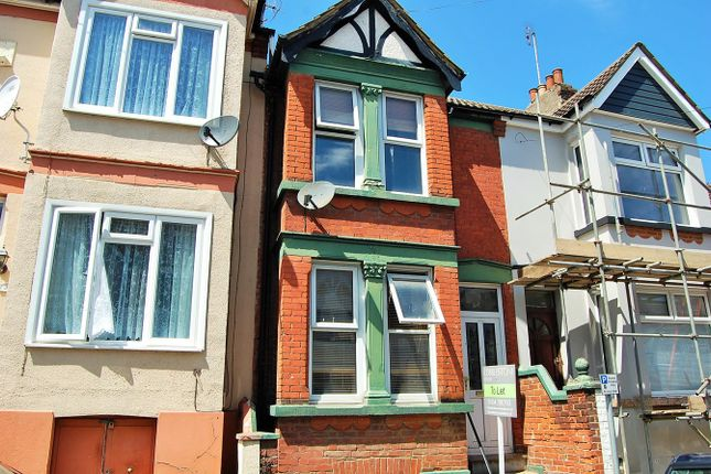 Thumbnail Terraced house to rent in Milner Road, Gillingham