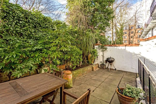 Garden of Colville Square, Notting Hill W11