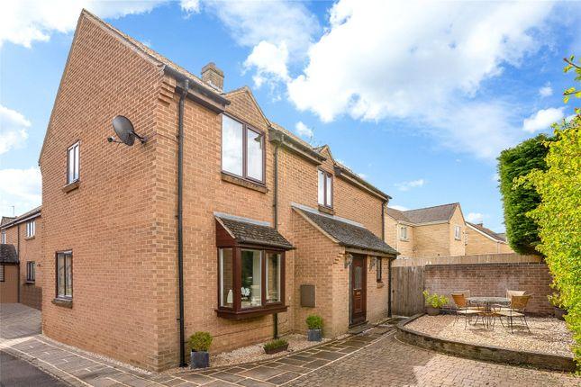 3 bed detached house for sale in Mill Close, Deddington, Banbury, Oxfordshire OX15