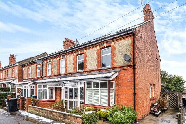 4 bed end terrace house for sale in Limpsfield Road, Warlingham, Surrey CR6