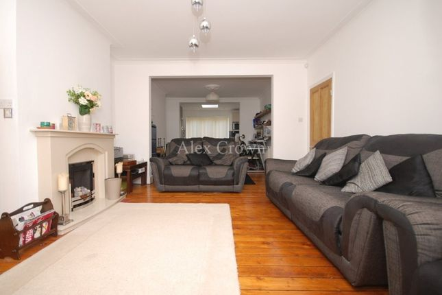 Thumbnail Terraced house to rent in Gilda Crescent, London